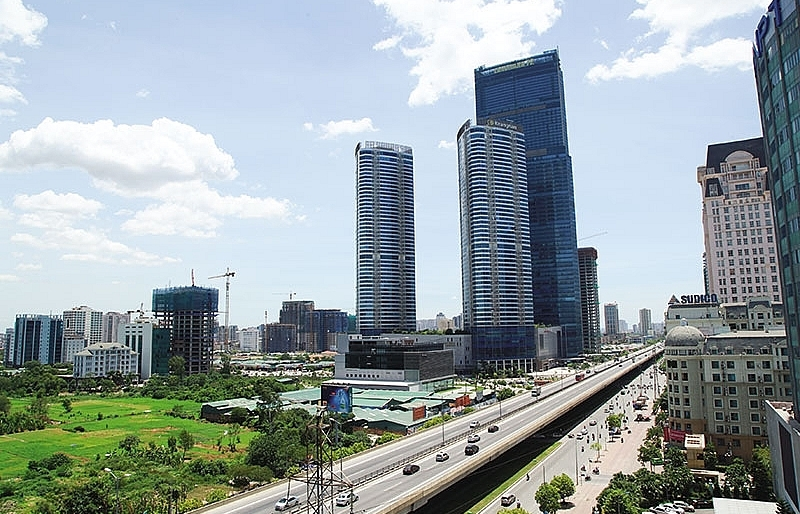 Cantonese flee pricey realty to Hanoi