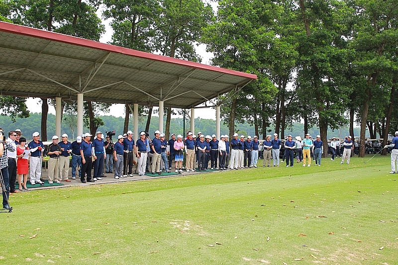 swing for the kids 2018 officially teed off