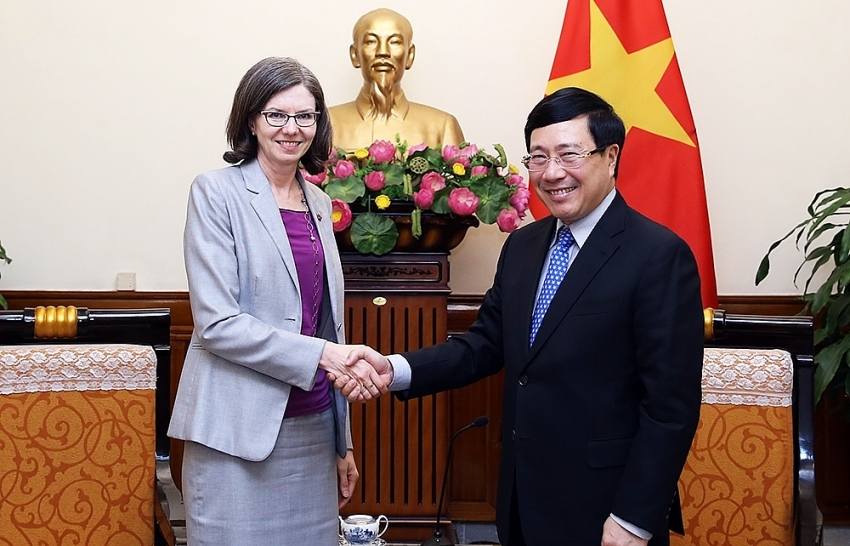 Canada urged to diversify investment fields in Vietnam
