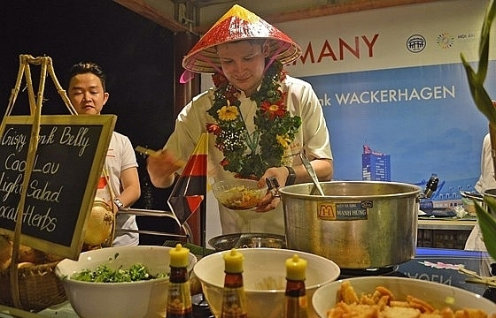 international food festival closes in hoi an city