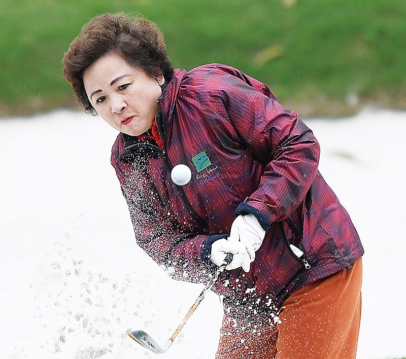 bright prospects for vietnams golf tourism
