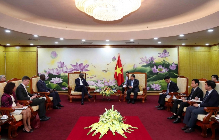continuing to bring the vietnam wb cooperation relationship to a new height