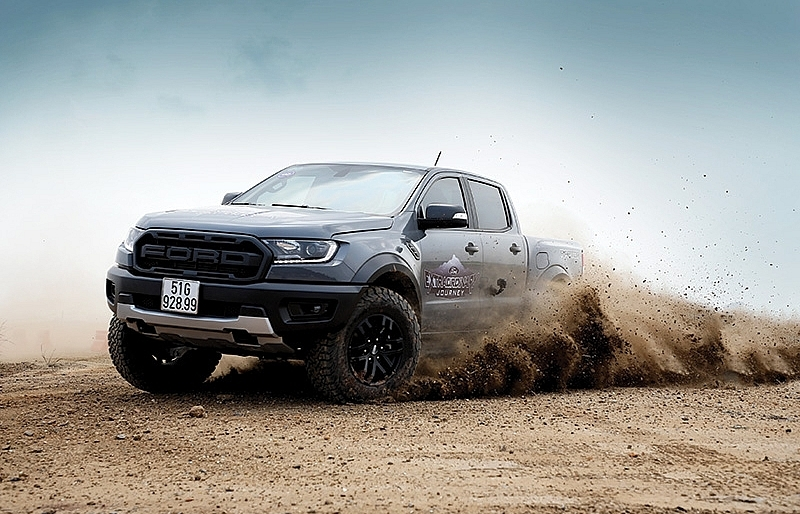Ford defends crown across all segments