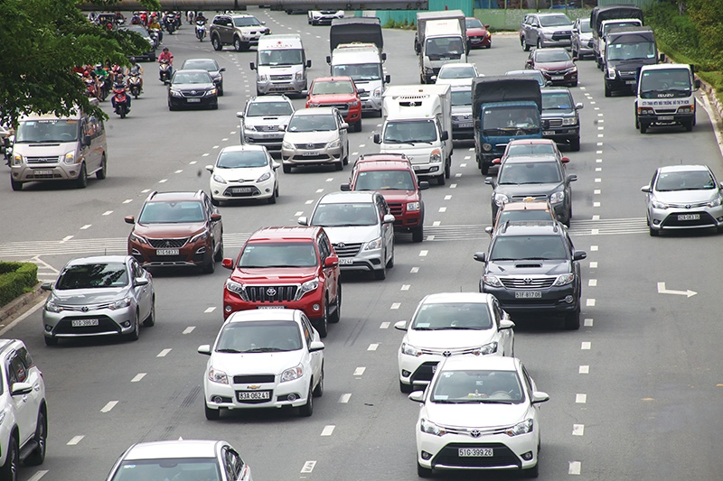 1486p6 carmakers hit the brakes over newest emergency measures
