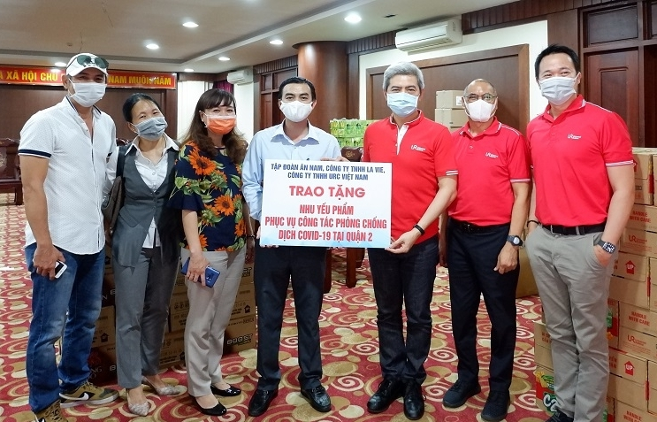 Solidarity and pro-active action: URC Vietnam stands with the people in fighting COVID-19