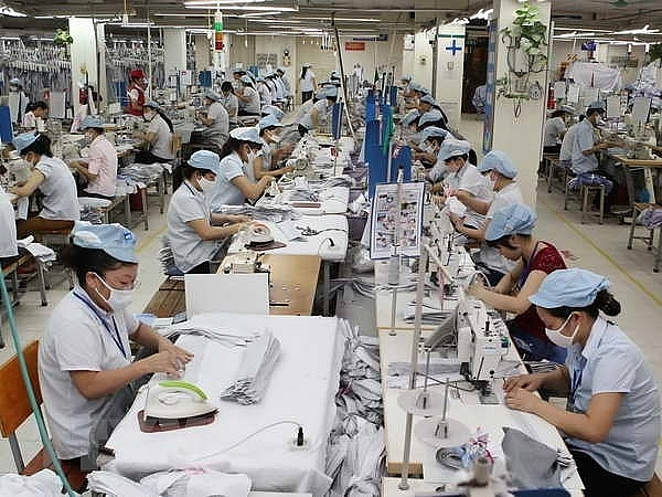 ministry launches investigation into anti dumping duties on polyester yarn