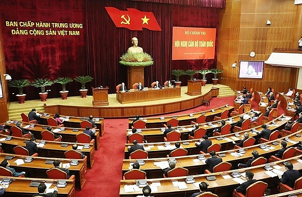 top leader chairs national cadres conference