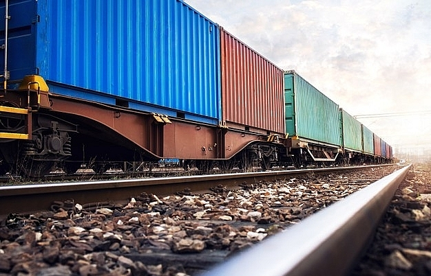 Thoughts return to stronger rail options
