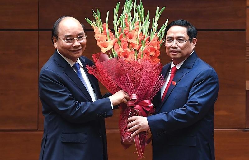 Leaders take oath to raise Vietnam's status