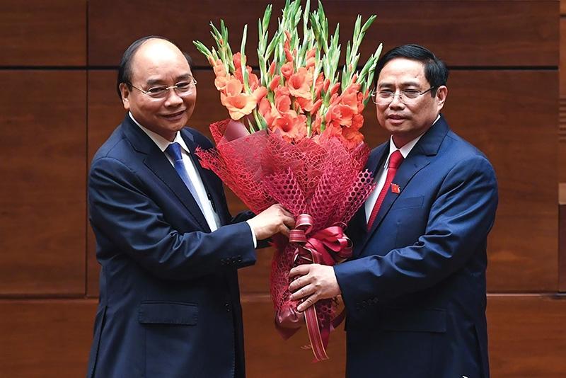 leaders take oath to raise vietnams status