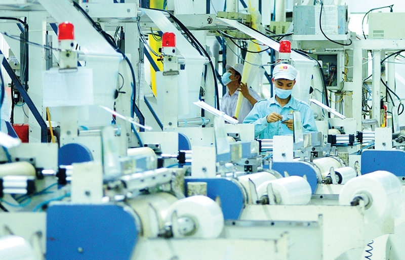 Leaders grapple with core function of SOEs