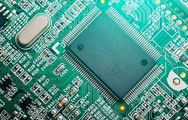Semiconductor crisis forces top-level action
