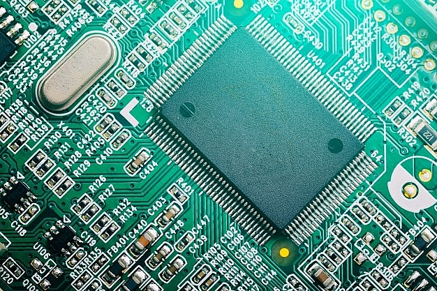 1539 p11 semiconductor crisis forces top level action