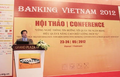 Canon introduces document management solutions at Banking Vietnam 2012
