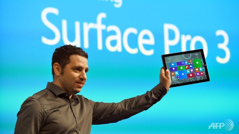 Microsoft takes aim at laptops with new Surface tablet