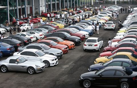 Decree to help firms import cars