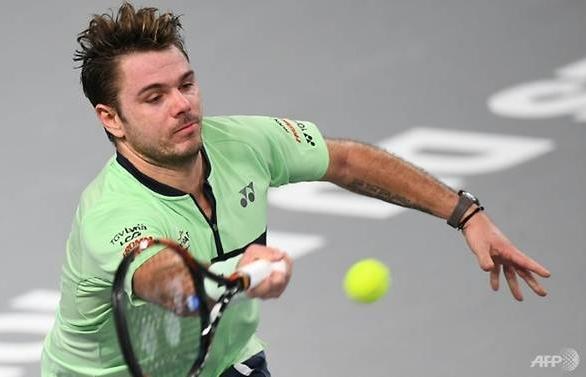 Wawrinka beaten on return from injury in Rome