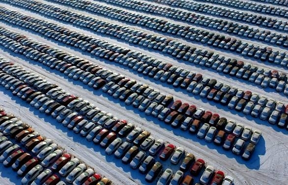 China to cut auto tariffs on Jul 1 as trade tensions ease