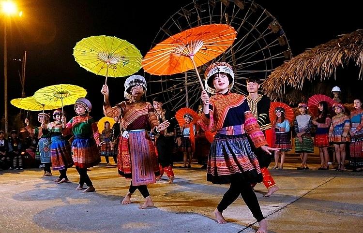 Cultural entertainment thrives through Sun World theme parks