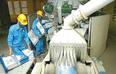 Cement makers turn to alternate fuels