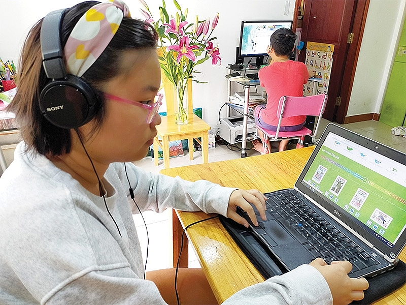 1490p13 domestic leaders stepping into limelight with e learning apps