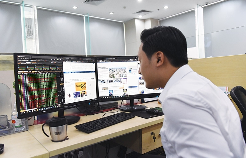Positive market signs emerge for Vietnam's grand reopening
