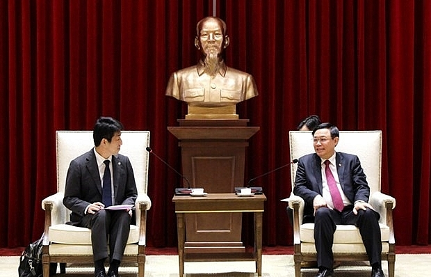 Hanoi leader receives AEONMALL Vietnam General Director