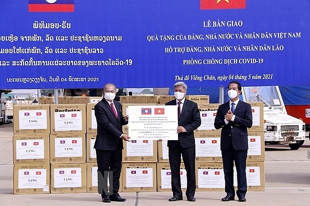 vietnam provides support for laos in covid 19 fight