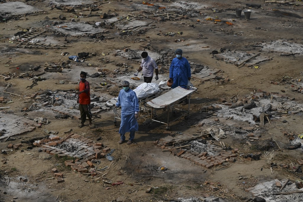 india sees record covid 19 deaths new cases in 24 hours