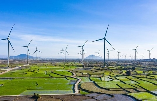 Coal, hydro power to give way to renewables