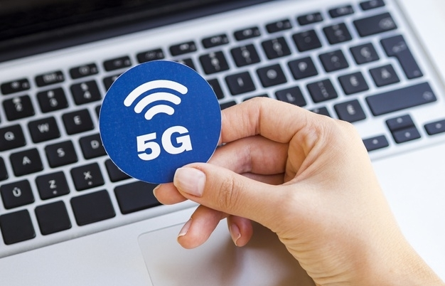 Telecom groups get on board with 5G
