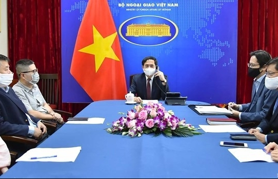 Vietnam proposes UK transfer COVID-19 vaccine production technology