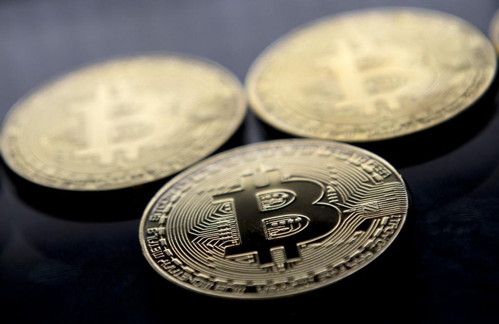 european stocks gain ground bitcoin stabilises