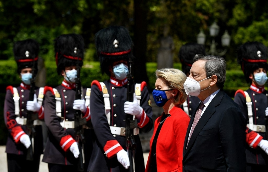 EU opens global G20 summit with Covid vaccine pledge