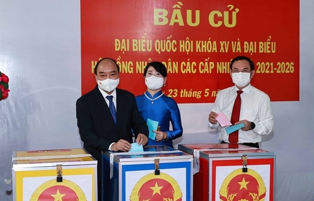 President Nguyen Xuan Phuc joins HCM City voters in elections