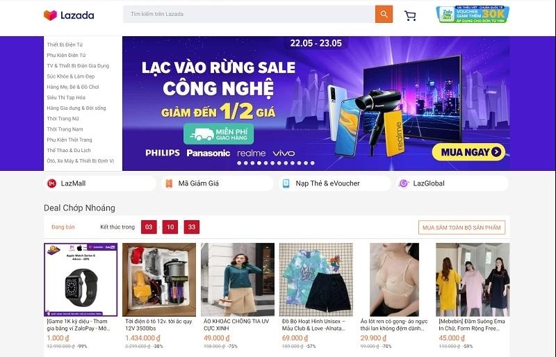 Online retail transition inspires major moves