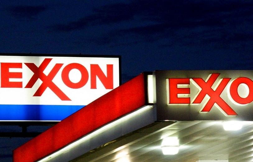 ExxonMobil, Chevron investors vote for more action on climate change