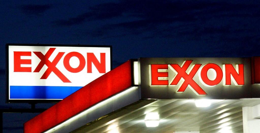 exxonmobil chevron investors vote for more action on climate change