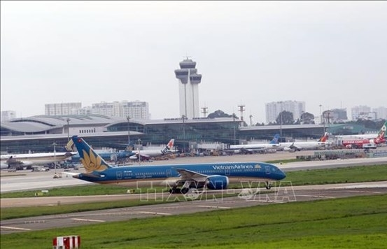 More than 1,600 flights delayed, cancelled in May