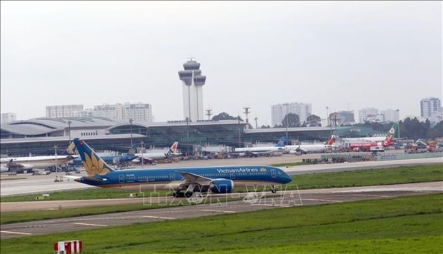 more than 1600 flights delayed cancelled in may