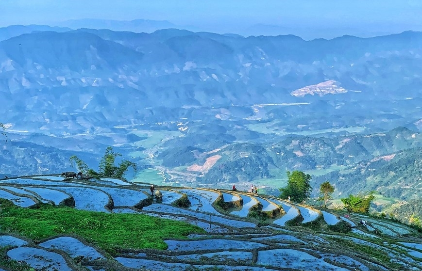 Y Ty rice terraces in pouring-water season (photos)