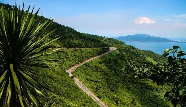 lonely planet highlights vietnams top 7 road trips