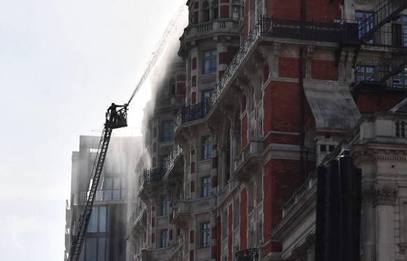 120 firefighters tackle blaze at luxury london hotel