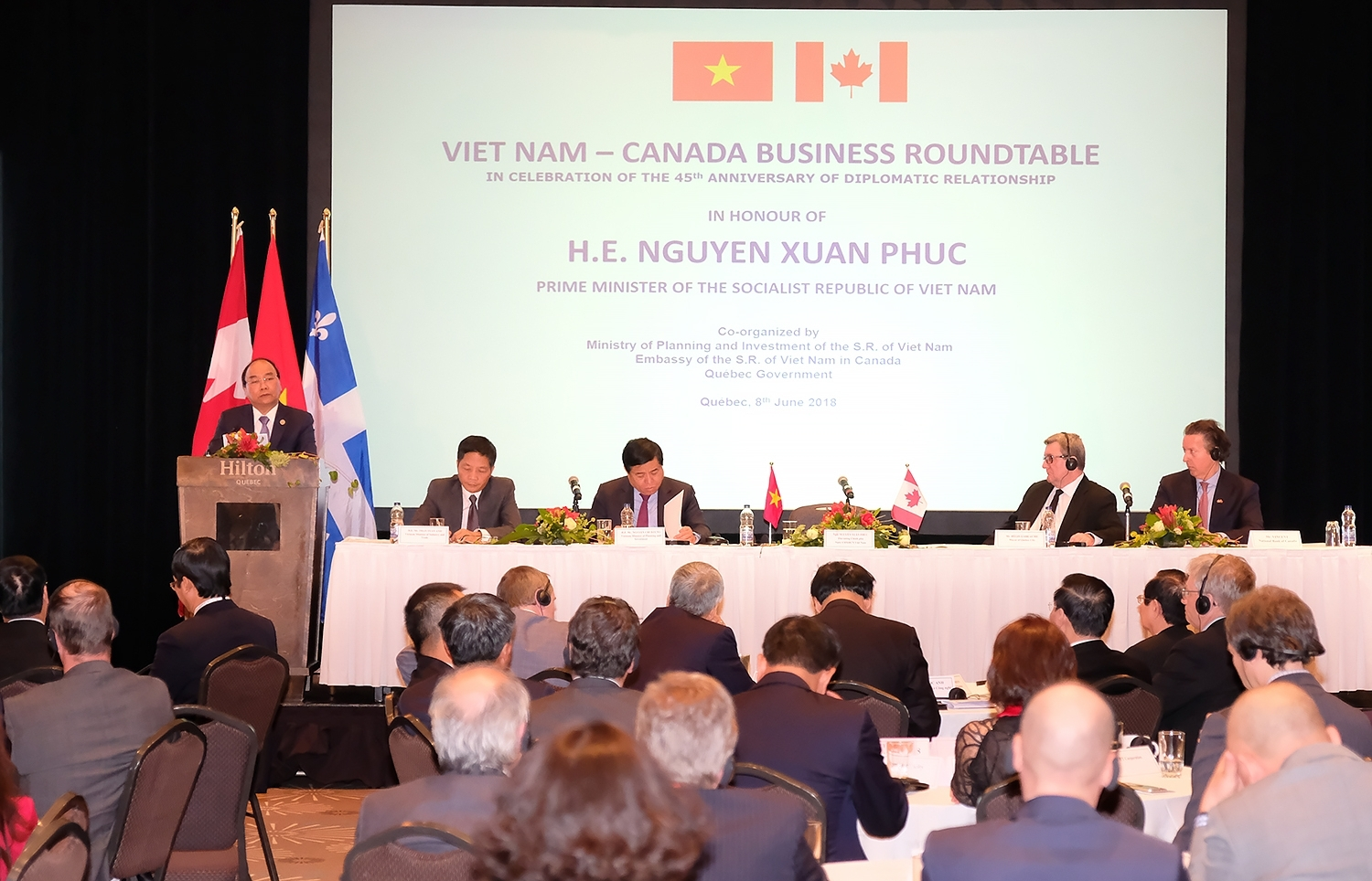 PM attends Vietnam-Canada business roundtable, new FDI position released