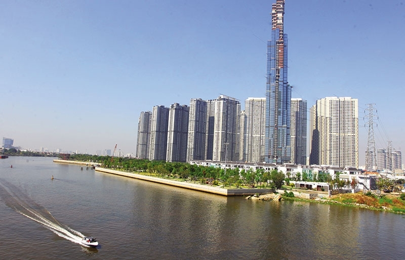 Realty giants rake in foreign billions