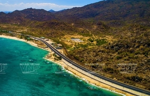 one of most beautiful coastal roads in vietnam