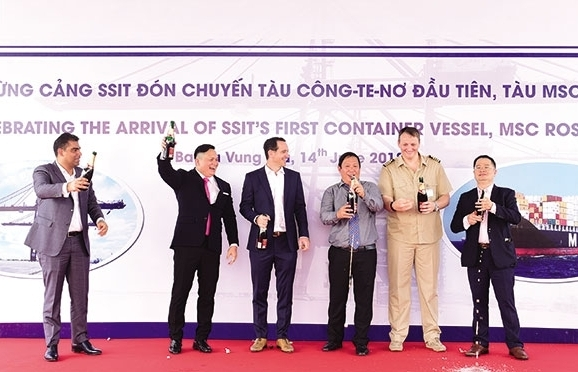 first container vessel received at the ssit port