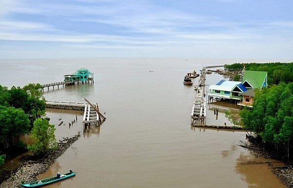 Ca Mau Cape tourism site to become key economic area in the province in 2025