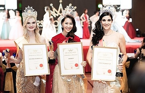 vietnamese representative crowned mrs worldwide 2018