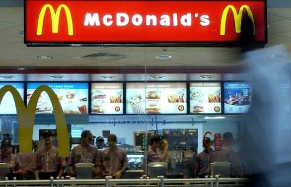 Last straw for McDonald's, Burger King in Mumbai plastic ban